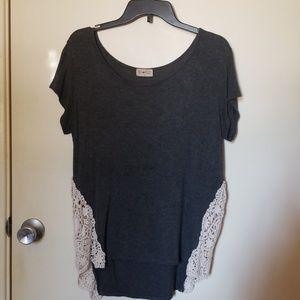 Gray t-shirt w lace sides